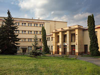 MUP Strašnice Building – University Headquarters