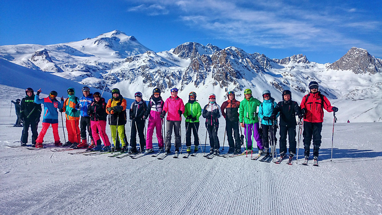 """Lyžování """"MUPáků"""" ve francouzských Alpách 2015"""