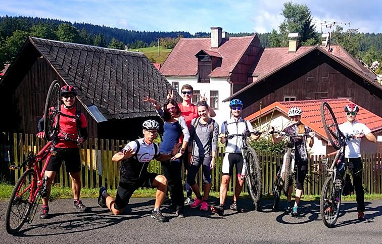 Krušné hory na kole i pěšky